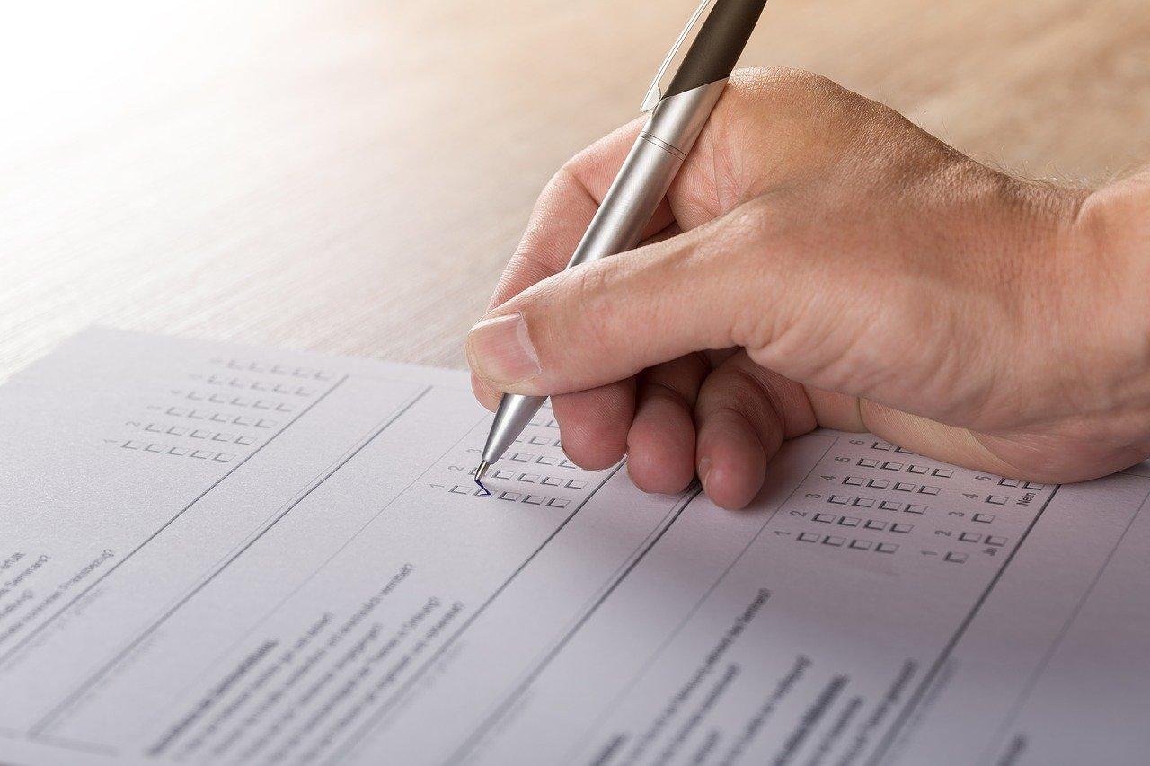 営業日報とは?目的・メリット・成果に繋がる書き方・運用の注意点