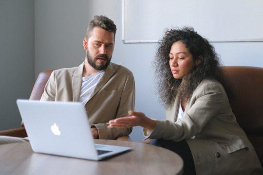 パフォーマンスマネジメントツール比較おすすめ4選│機能・できること・特徴・メリット