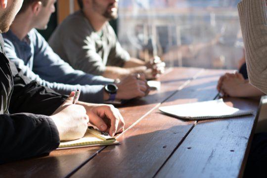 企業の人材育成における課題・問題点とは?意味・解決に向けた方法・制度・注意点