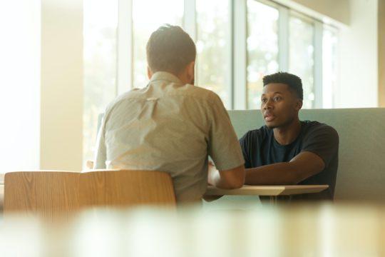 人事考課における業績評価の6つの項目とフィードバック面談時の3つの注意点