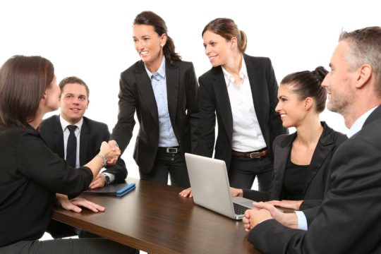 強い組織とは?組織作りの目的・基本原則・条件・施策