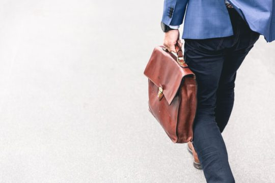 連鎖離職とは?離職が続いてしまう原因・会社への影響・対策